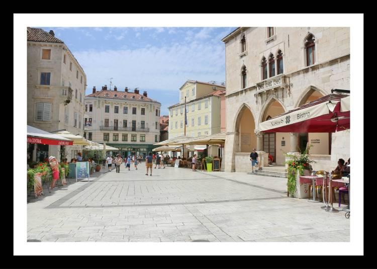 imediacoes do palacio diocleciano split croacia.jpg