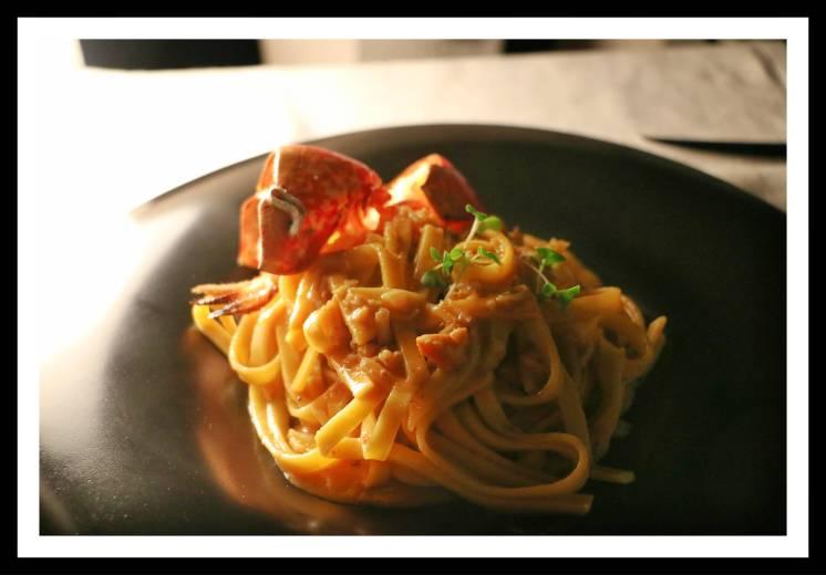 Restaurante Divino em Hvar na Croácia: talharim de lagosta