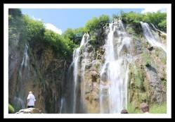 Primeira cachoeira do nosso passeio em Plitvice