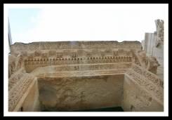 Entrada do Templo de Júpiter no Palácio Diocleciano