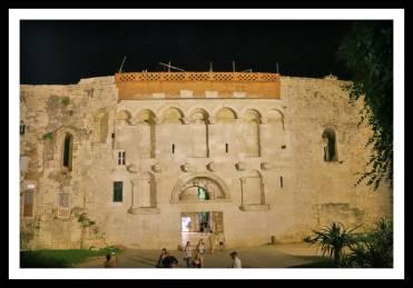 Portão Dourado no Palácio Diocleciano em Split