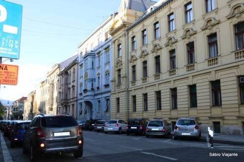 Mais um pouco dos prédios charmosos de Zagreb