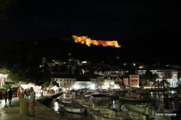 Hvar à noite: Spanjola com iluminação especial