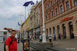 Praça central de Zagreb: onde os eventos da cidade acontecem