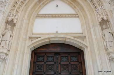 Detalhe do batente da porta lateral