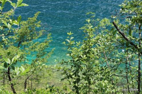 O tom de azul muda ao longo dos lagos: um mais bonito que o outro!
