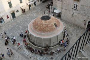 Fonte de água potável: construída na primeira metade do século XV funciona até hoje.