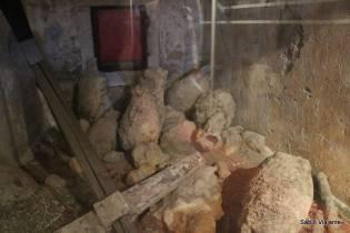Várias peças oriundas de antigos navios gregos