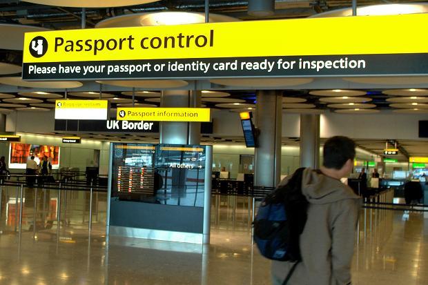 Controle de passaporte: o destino final onde você deve chegar