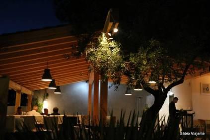 Um restaurante com charme e bom gosto
