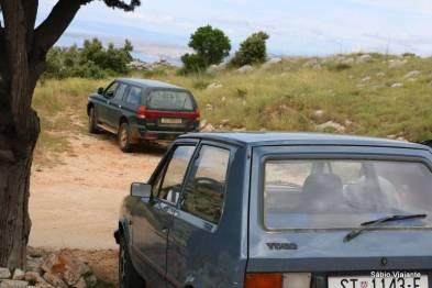 E este autêntico carro croata? Até o guia se lembrou da época comunista.