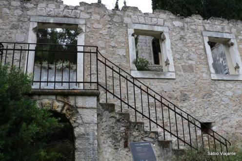 Cooperativa abandonada de Malo Grablje